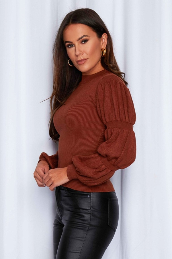 Ribbed Jumper With Gathered Sleeve